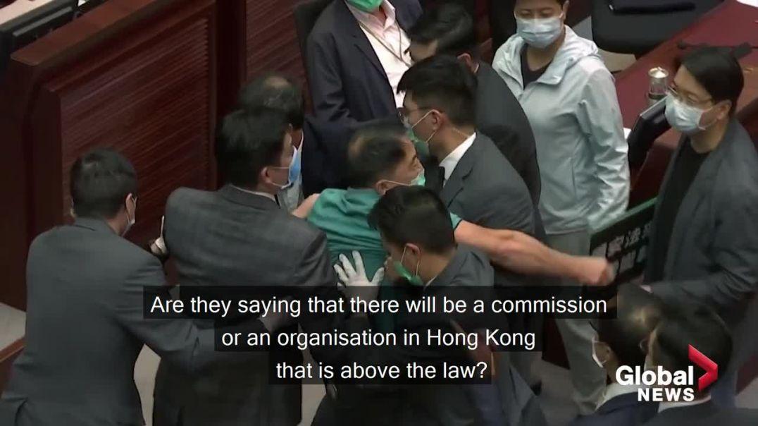 ՏԵՍԱՆՅՈՒԹ. Լարված իրավիճակ համաչինական ժողովի նիստում. Պեկինը ցանկանում է արգելել բողոքի ցույցերը Հո