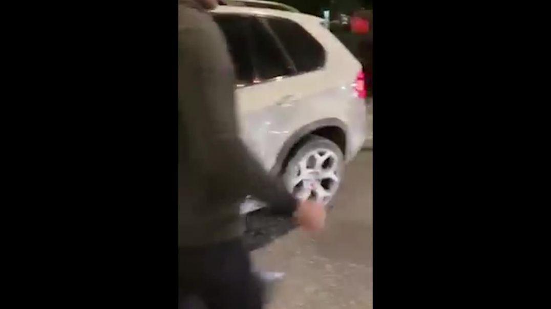 Մոսկվայում ադրբեջանցիների կատաղած ամբոխը հարձակվել է հայկական համարանիշով մեքենայի վարորդի վրա․ կան