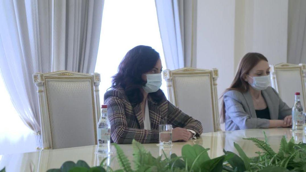 Նախագահ Արմեն Սարգսյանը հանդիպել է «Իմ քայլը» խմբակցության ներկայացուցիչների հետ