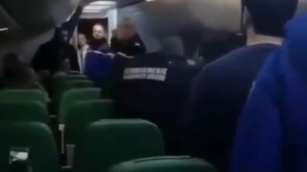 Ծեծկռտուք ֆրանսիական ինքնաթիռում. հանցագործը բղավել է «Ալլահու աքբար»