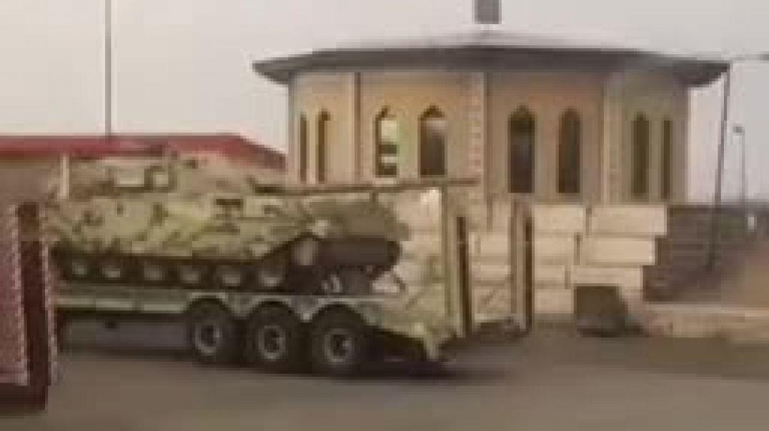 Իրանը՝ Ադրբեջանի հետ սահմանին, շարունակում է զինտեխնիկա կուտակել