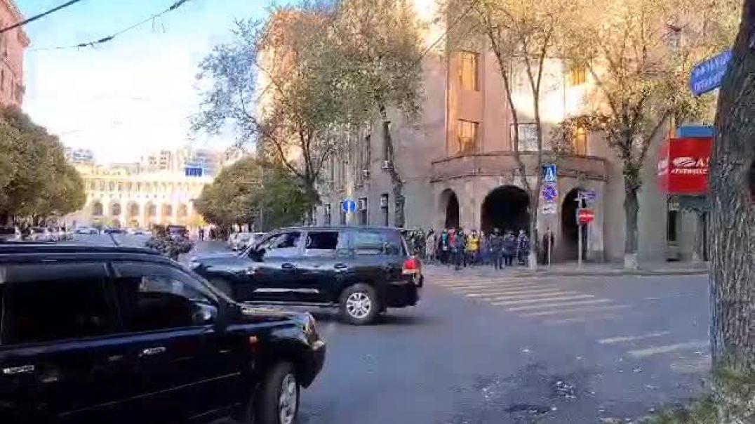 ՏԵՍԱՆՅՈւԹ. Նիկոլ Փաշինյանի ավտոշարասյան տեղաշարժի ժամանակ փակվում են Երևանի կենտրոնական փողոցները