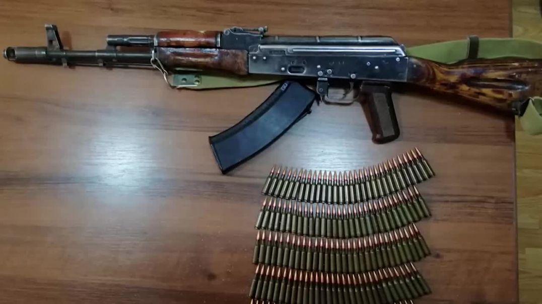 Բացատրական աշխատանքի արդյունքում ոստիկանության բաժիններում Արցախից բերված զենք-զինամթերք է հանձնվել