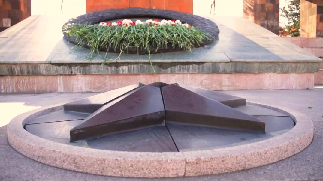 Արցախի նախագահ Արայիկ Հարությունյանն այցելել է Ստեփանակերտի քաղաքային հուշահամալիր