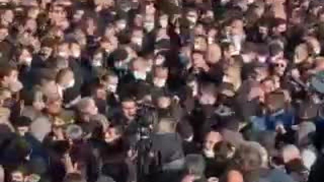Նիկոլ Փաշինյանն ու մյուս պաշտոնյաները հասան Եռաբլուր