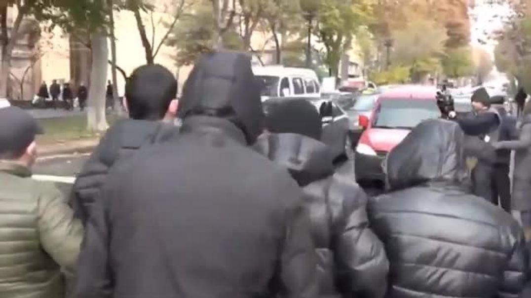 Դեկտեմբերի 8-ին ոստիկանություն բերման են ենթարկել իրավախախտում կատարած 100-ից ավելի անձինք