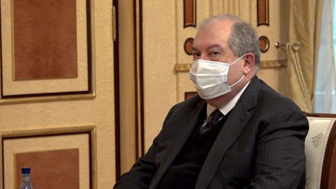Նախագահ Արմեն Սարգսյանը հանդիպել է վարչապետ Նիկոլ Փաշինյանի հետ