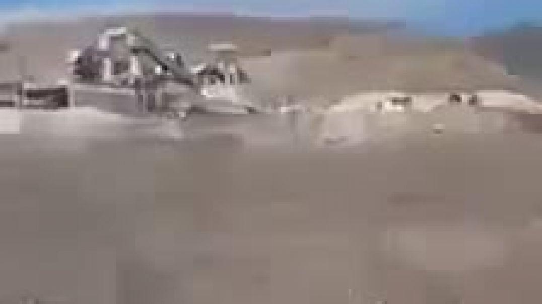 Ադրբեջանցիները մեքենաներով շրջում են Կապանում