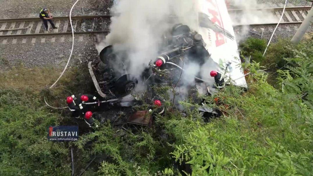 Վրաստանում վթարի է ենթարկվել ՌԴ լոլիկ տեղափոխող՝ «Սպայկա»–ի բեռնատարը, որում հրդեհ է բռնկվել