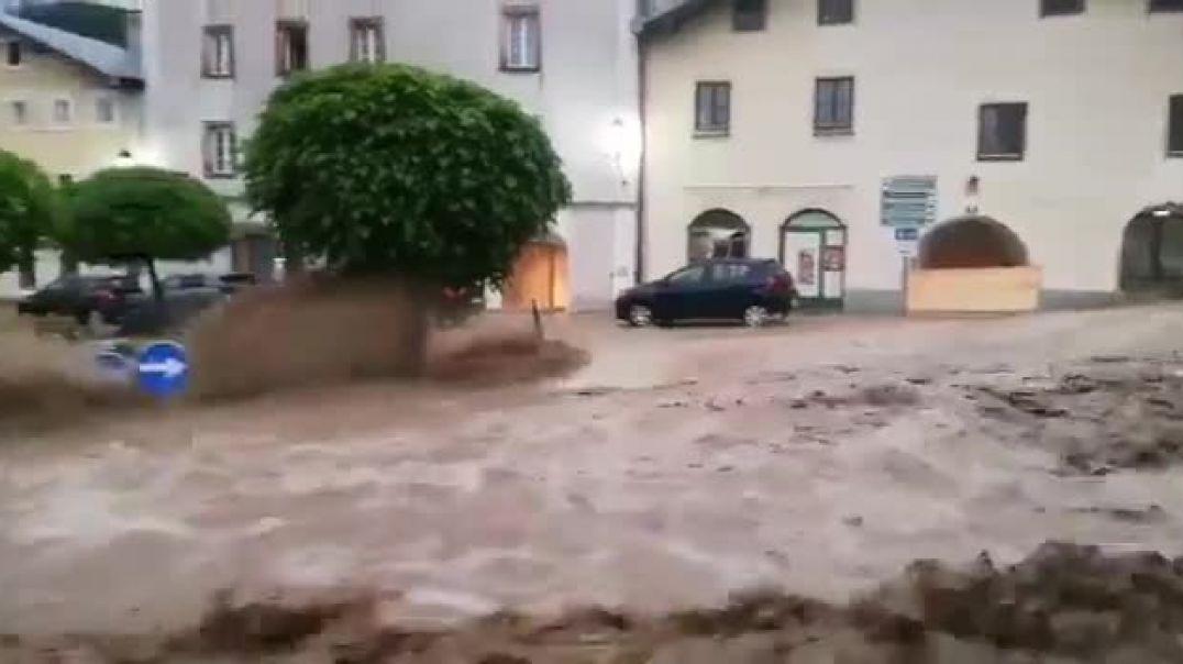 Հորդառատ անձրևների պատճառով Ավստրիայում ջրի տակ են անցել մի քանի շրջաններ