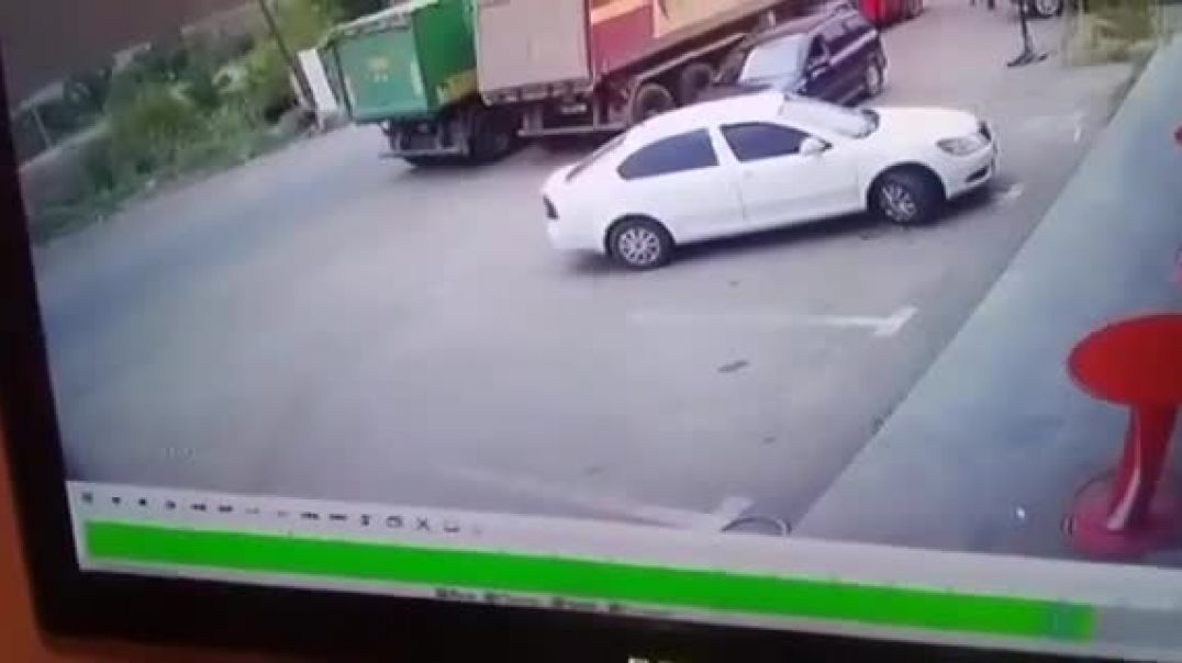 Տեսախցիկը ֆիքսել է մեքենայի գազի բալոնի պայթյունը