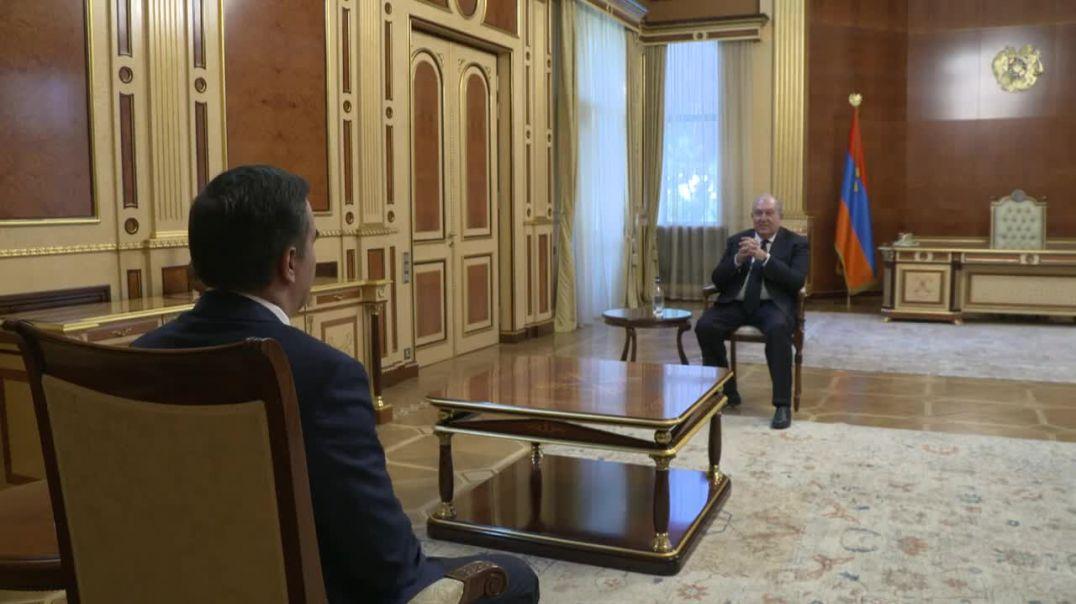 Նախագահ Սարգսյանն ու Արման Թաթոյանը քննարկել են հայ-ադրբեջանական սահմանին տիրող իրավիճակը